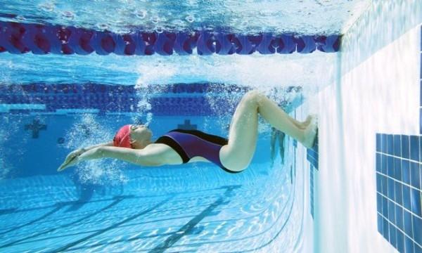 поворот плавание